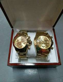 Rolex couple Hot summer offer Good gift for ur love 😙😙 Pick up everyday