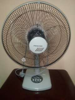 "PENSONIC 16"" Table Fan ( PF-41A)"