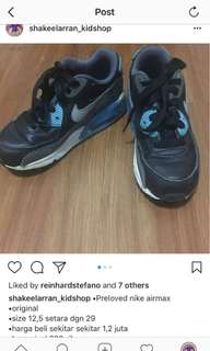 Sepatu nike airmax, sz 29, kondisi 80 persen, harga beli 1,2 juta