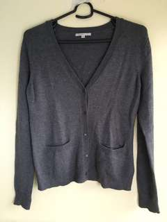 Gap Unisex Grey V-neck Cardigan/Sweater