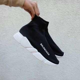 Sepatu balanciaga sepatu sport olahraga running santai keren style
