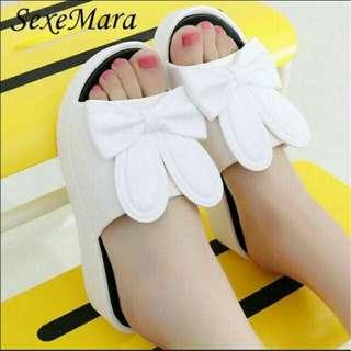 Sandal wanita wedges rabbit putih