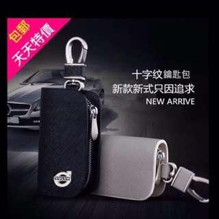 灰白色_ Volvo 汽車專用鑰匙包 ,金屬字樣 ,十字紋路+真皮手工打造,硬皮。s60;xc60;v40專用鑰匙包,男人的魅力