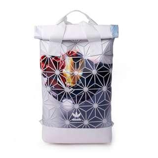 3D菱形幾何休閑運動情侶男女雙肩背包鋼鐵俠潮人菱格拼接旅行包