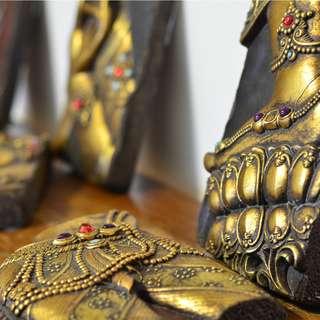 Buddhist Art & Home Decor - 6 exquisite carved stones