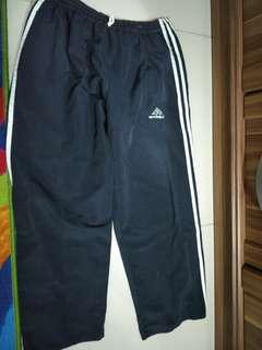Celana panjang sporty