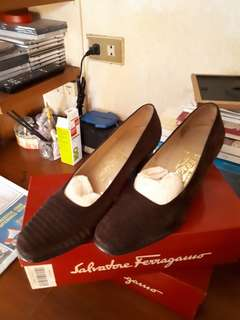 Pre Loved Authentic Ferragamo Shoes