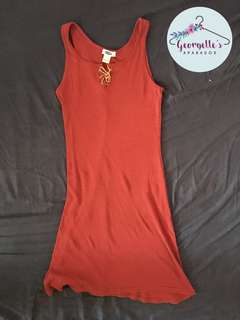 Maroon sleeveless dress