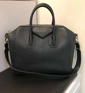 Givenchy antigona Medium dark navy