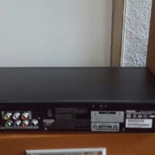 Philips blu-ray disc player BDP5100 wth Wi-Fi