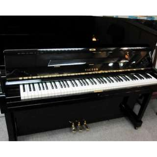 VICTOR V-52 UPRIGHT PIANO