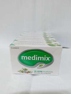 🚚 Medimix 阿育吠陀 印度香皂 深綠色藥草皂 【新加坡帶回】