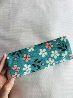 [JAPAN] Unique Japanese fabric spectacles or stationery case from Japan