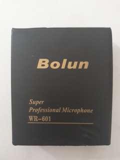 Bolun wireless clip on microphone