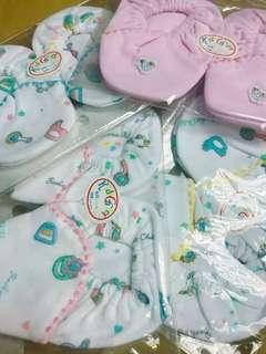 初生嬰兒👶🏻腳套🎈(買2送1)