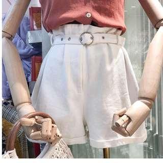 韓國白色高腰短褲(付皮帶)