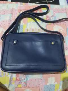 Shiq Sling Bag
