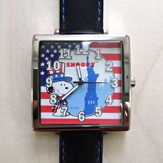 SNOOPY 環遊世界系列限量版方形手錶(美國)