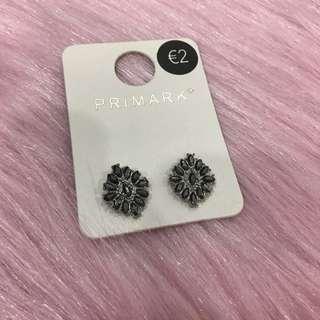 Primark diamonté stud earring