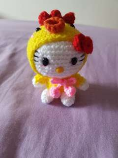 Crochet Hello Kitty dressed in chick 🐓🐤