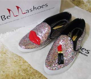 Lips shoes