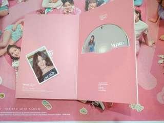 Twice What is love專輯 子瑜小卡 志效CD 有海報