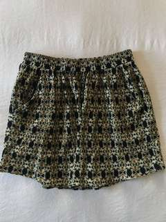 Women's Country Road patterned skirt