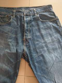 Authentic Abercrombie Handcrafted W33 L32