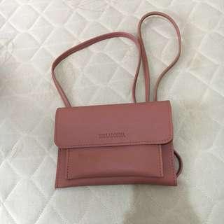 REPRICED Sling bag