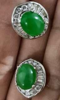 DIAMOND-LIKE/CIRCONIAN EARRINGS IN GREEN