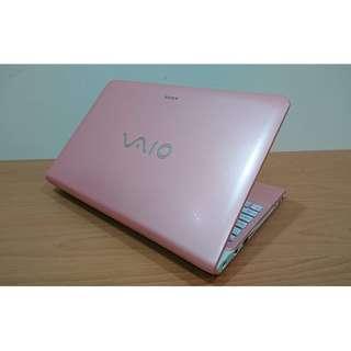 【15吋】索尼 SONY VAIO E15 粉 i5雙核+8G+500G+2G獨顯 WIN10 背光鍵盤 全機包膜