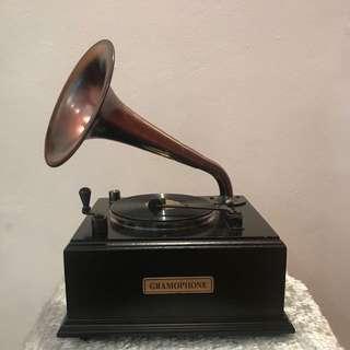 Vintage Gramophone Radio