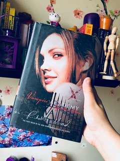 Vampire Academy Signature Edition (HB)