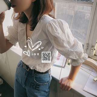 ioz 設計款 法式可愛小清新V領泡泡袖白襯衣