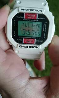 G SHOCK WATCH DW 5600 EH, SPECIAL EDITION RARE!