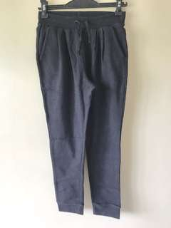 Uniqlo jogging pants