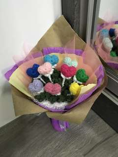 Crochet love bouquet- hearts in 9 different colors