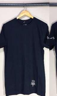 Kaos hitam pria bahan combed cotton 30s