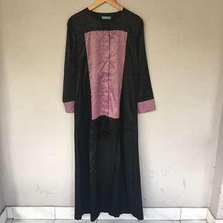 Abaya Hitam Kombinasi Pink (pl muluusss, sekali pake)