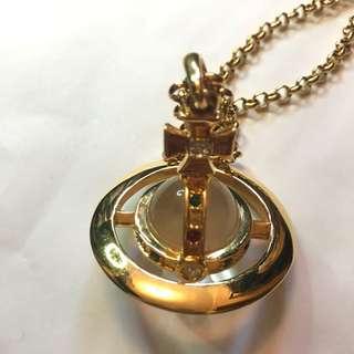割! (100% real) Vivienne Westwood 3D orb pendant