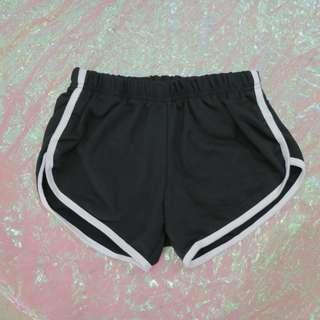 配色線條短褲
