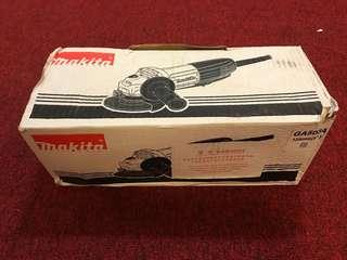 """Makita Angle Grinder (GA 5034) 125mm(5"""")"""