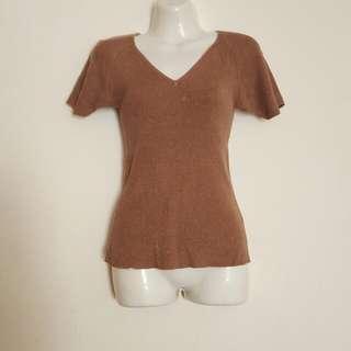 🚚 咖啡色氣質針織V領上衣