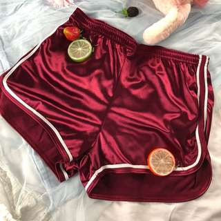 Wine Red Sport trim shorts M