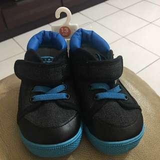 🚚 日本帶回全新童鞋