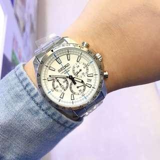 SEIKO 精工 計時碼表系列 SSB025P1 極速三眼計時錶 白錶盤藍計時針 不鏽鋼錶帶