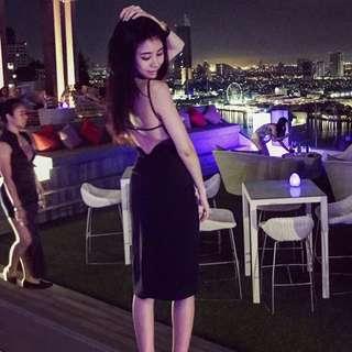 黑色細肩帶露背洋裝 xs