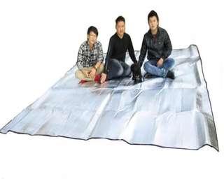 🚚 露營户外防潮垫300*300超大双面鋁膜野餐墊