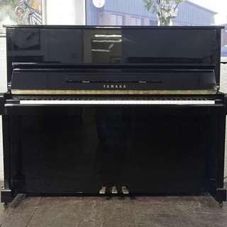 YAMAHA MC 108 UPRIGHT PIANO