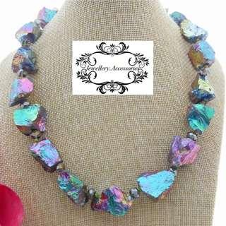 18 Karats Gold Rainbow Iridescent Titanium White Quartz Crystal Necklace 18K黃金彩虹幻彩鈦晶石白水晶晶石項鍊